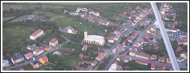 Farní kostel sv.Jana Křtitele v Újezdci